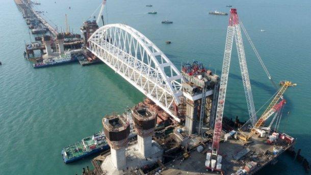 На Крымском мосту возникла новая серьезная проблема (фото)