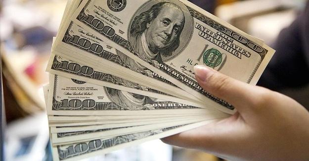 Курс валют на понедельник, 27 августа: НБУ немного укрепил гривну