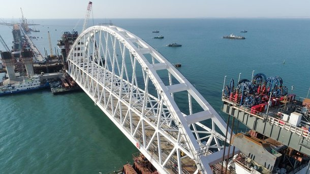Украина введет санкции против фирм-строителей Керченского моста