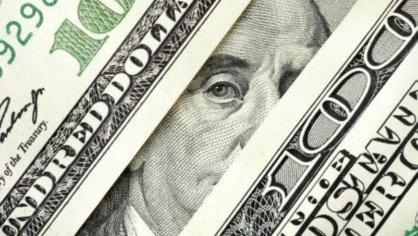 Панические настроения помогли спекулянтам взвинтить курс доллара