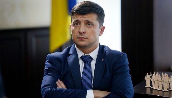 Зеленский больше не контролирует ситуацию: страну передали группам во главе с Аваковым и Коломойским