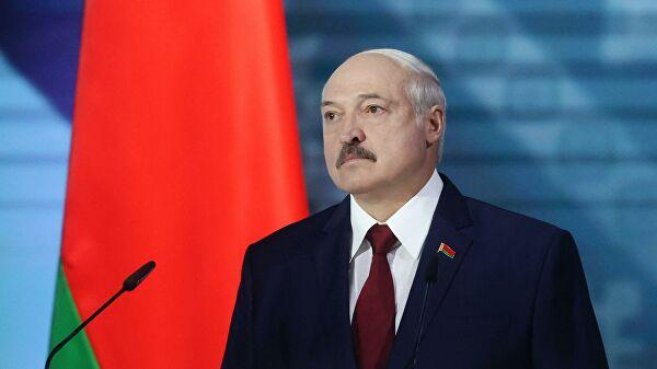 «Лукашенко полностью согласился на все условия Путина», — российский политолог